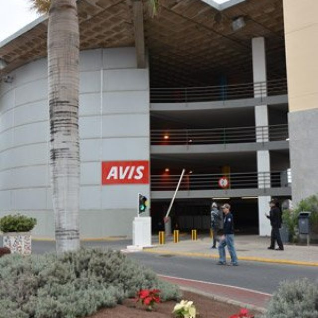 Avis car rental in port