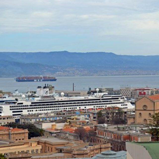 Messina cruise dock