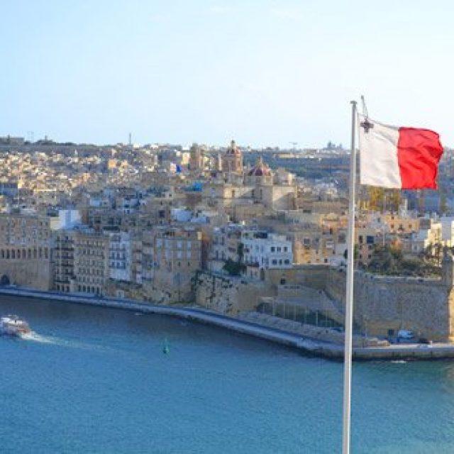 Sailing into Valletta