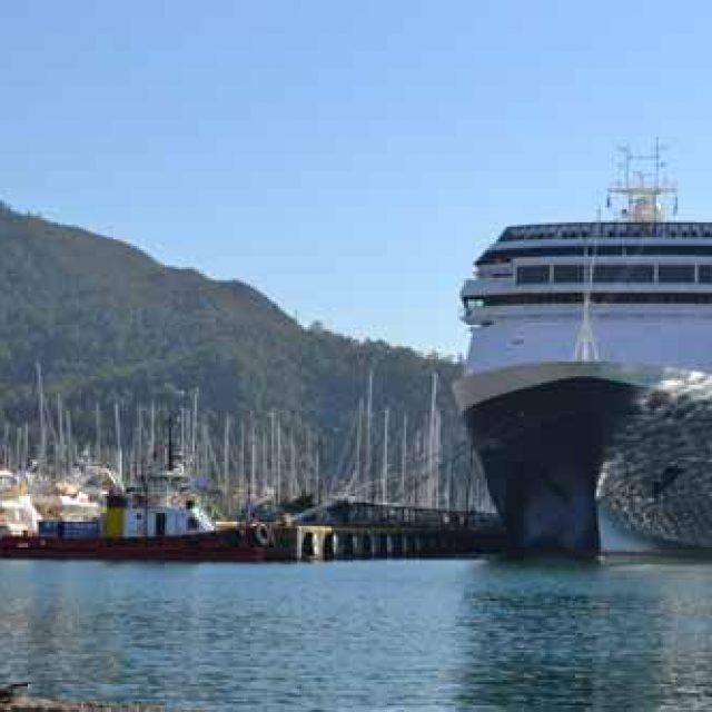 Marmaris cruise dock
