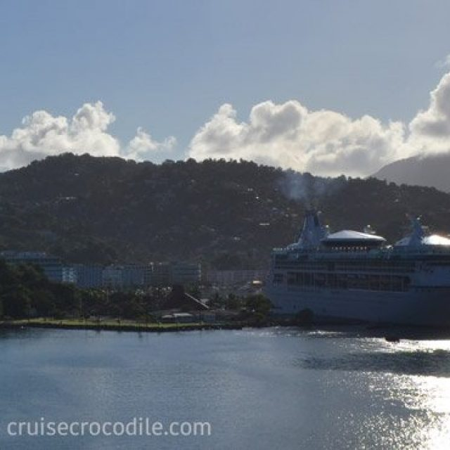 Cruise dock Castries, berth 1