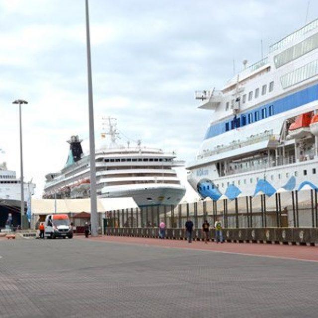 Las Palmas cruise dock