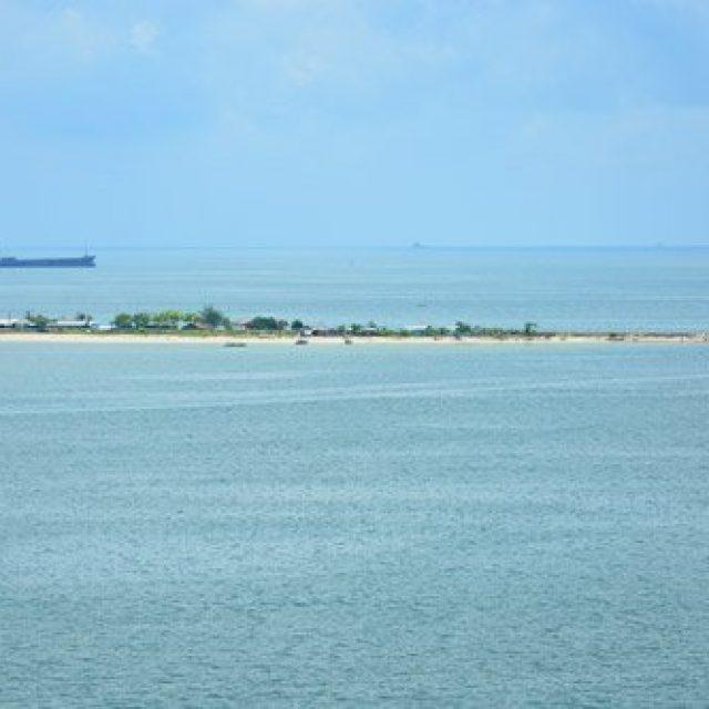 Lae-Lae island