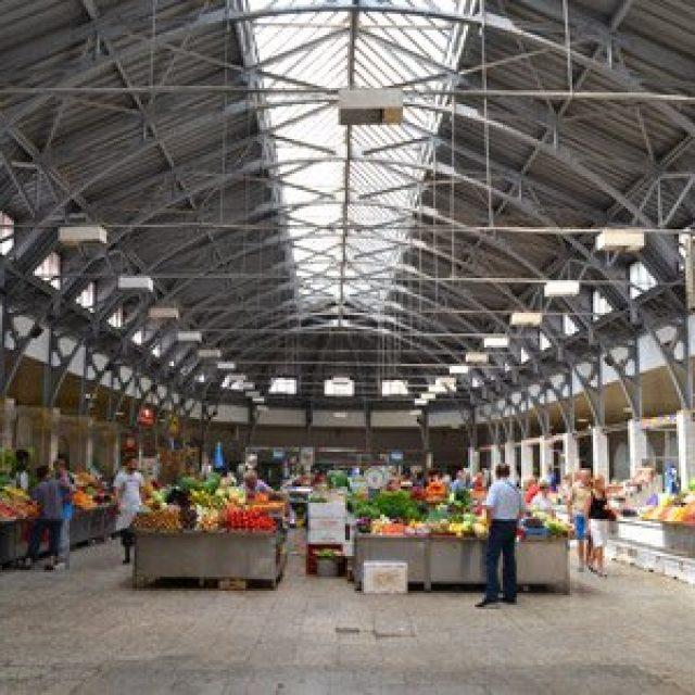 Kuznechy Rynok market hall